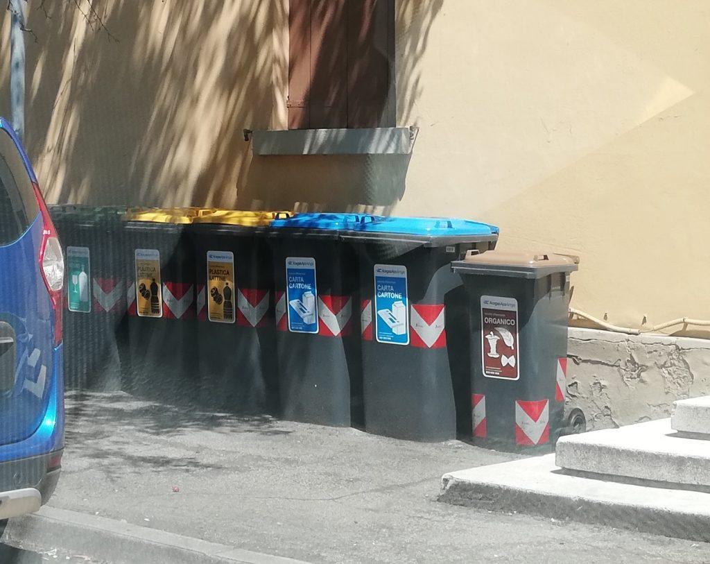Casa Della Carta Padova il bello e il brutto della differenziata in quartiere san